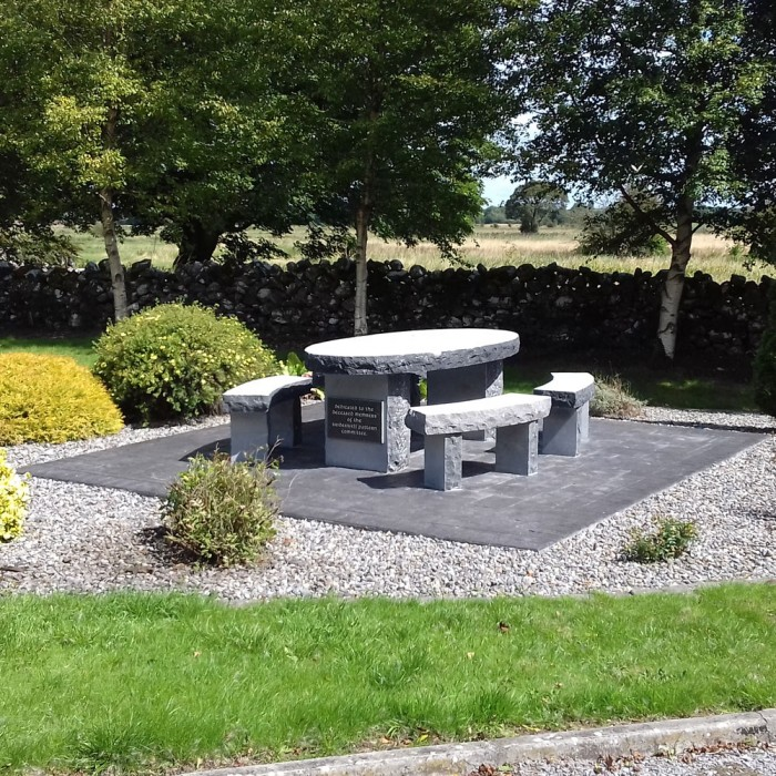Superieur Limestone Picnic Table And Seating